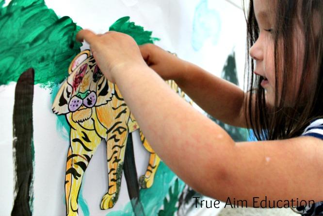 Animal Craft for kids, habitat mural