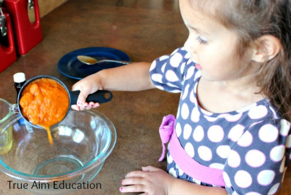 healthy pumpkin gingerbread cake