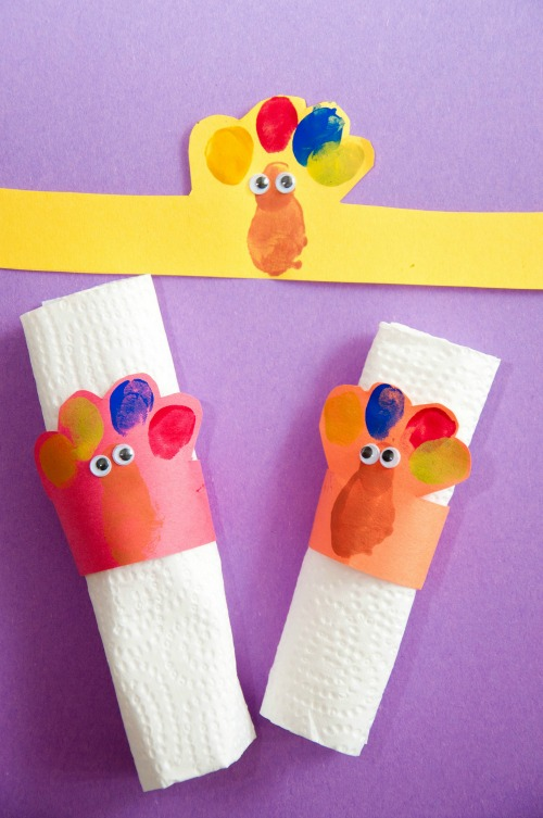 Thanksgiving preschool turkey napkin rings craft