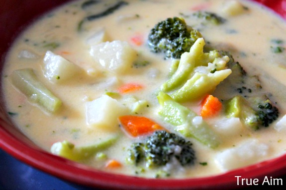 cheddar veggie soup with broccoli