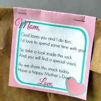 Free Mother's Day Snack Tag Printable