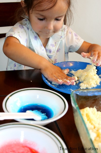 edible sculptures sensory play paint