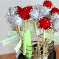 Festive Holiday PomPom Drink Stirrers