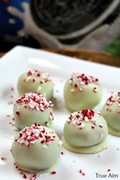 peppermint oreo cookie balls white chocolate
