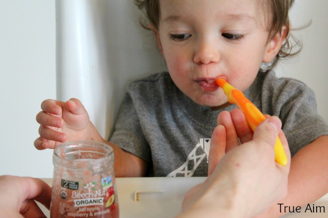 Eating organic baby food