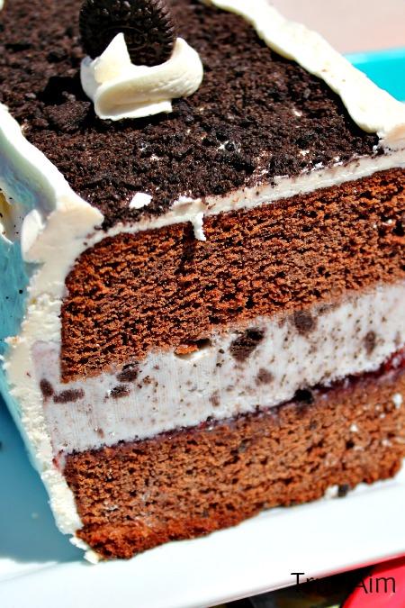 Chocolate cookies and cream ice cream cake, easy, homemade, delicious!