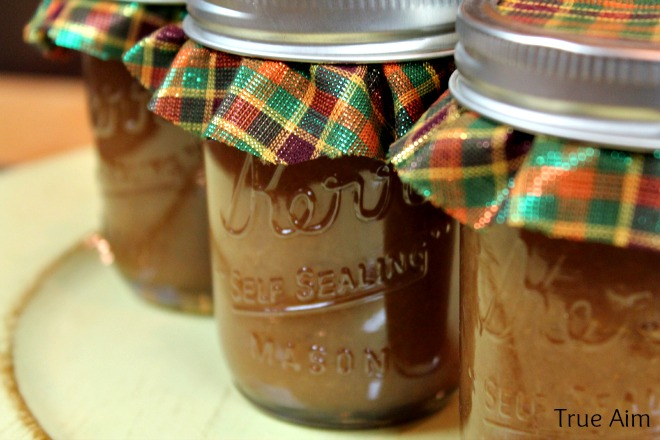 Homemade Apple butter recipe for gifts