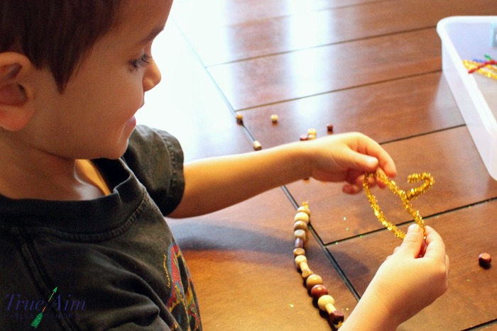 acorn-ornament-craft-for-kids