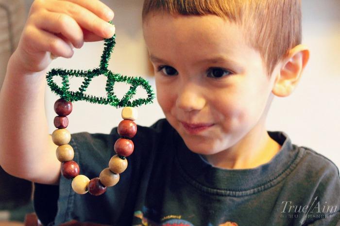 acorn-ornament-kids-can-make