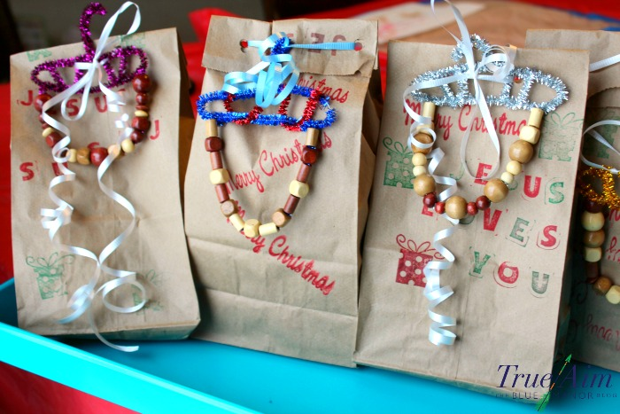 easy-snack-bags-for-neighbors