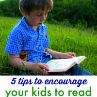 5 Tips to Encourage Your Kids to Read this Summer