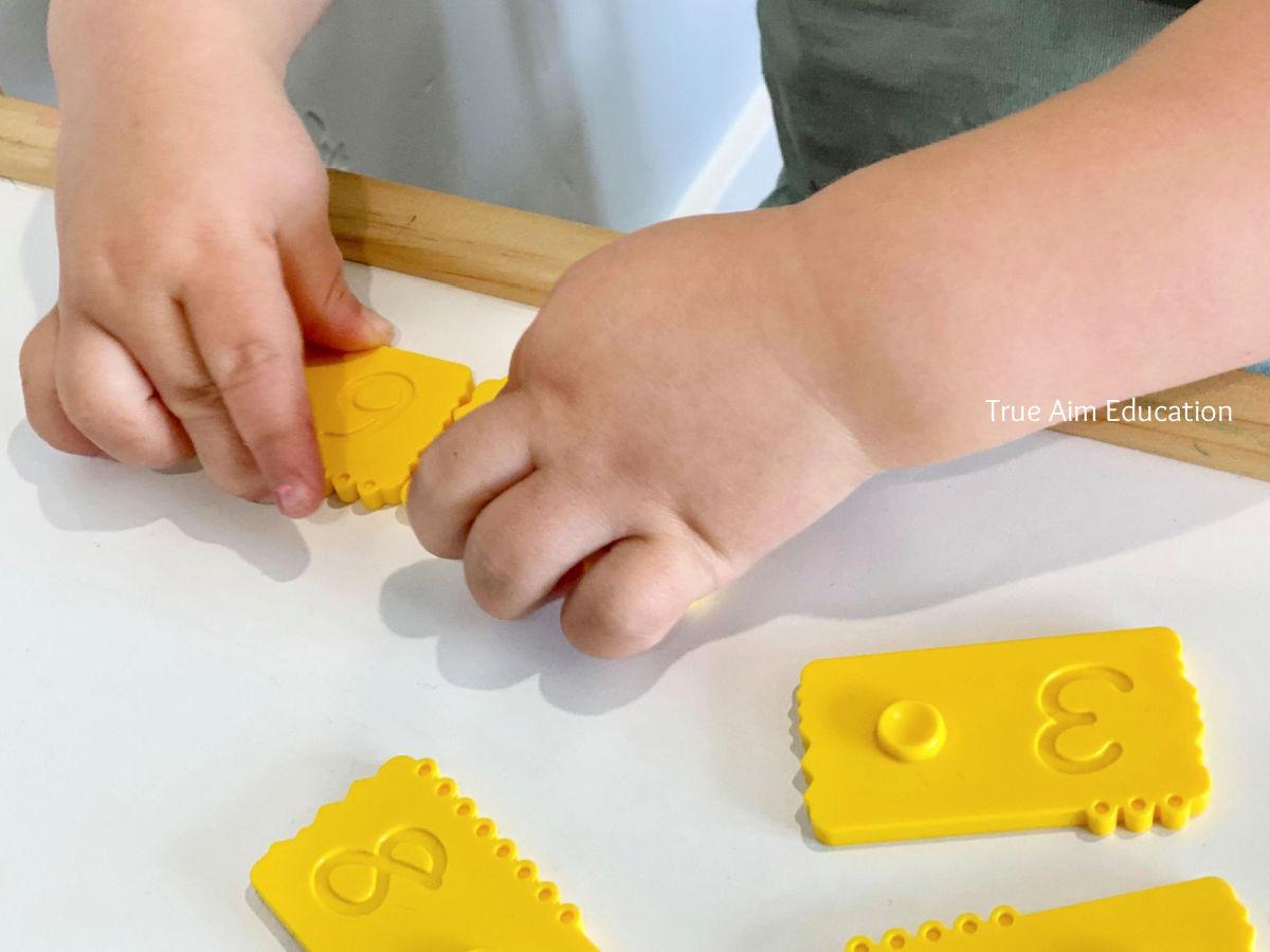 teach kids math with manipulatives